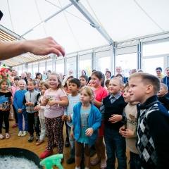 Blagotvoritelnyy-prazdnik-dlya-detey-okazavshikhsya-v-slozhnoy-zhiznennoy-situacii-20