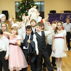 Feerichnaya-prazdnichnaya-programma-Ostorozhno-obezyanki-3